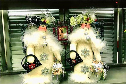 Schultz-Soft Snowladies ready for their shopping trip-embellished