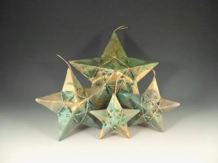 Miller's Multiple sized 3D Paper Star Ornaments