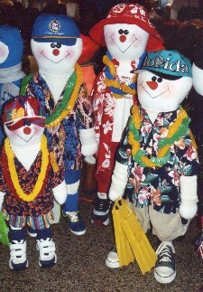 Brummeler's Stuffed Snowpeople Wearing Hawaiian Attire