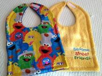Dodge's Reversible Bib, Sesame Street Print & Yellow Terry Cloth