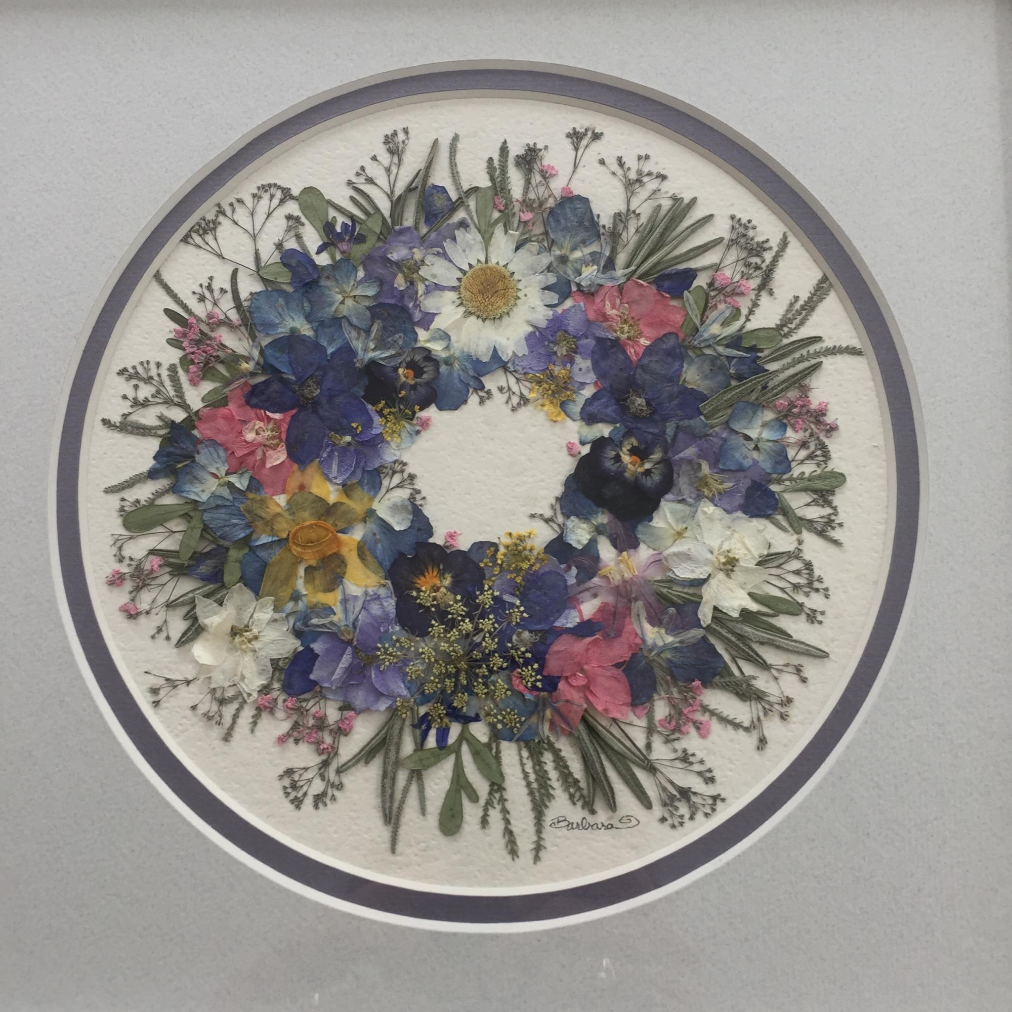 Musolf/Saalfeld, framed pressed flower and herb wreath.